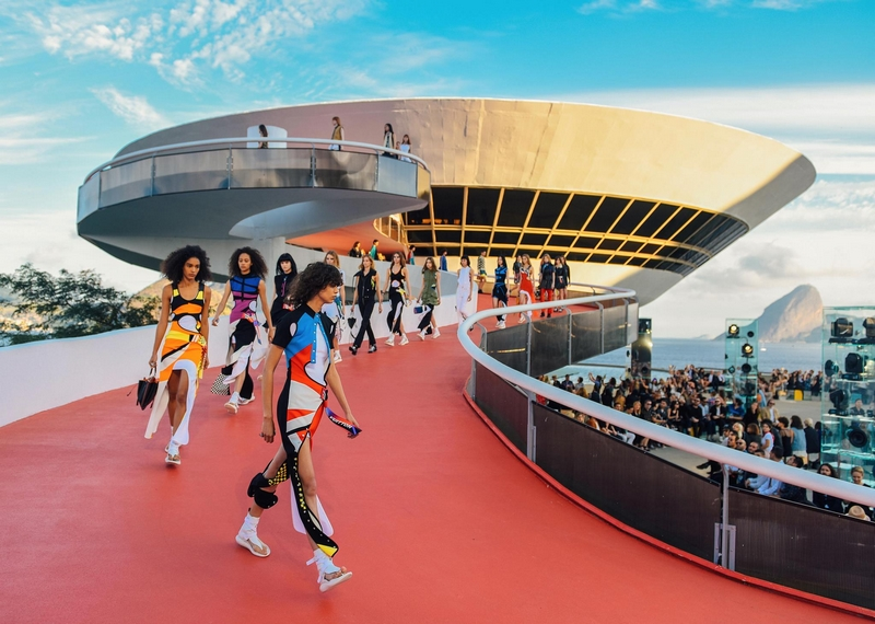 lv cruise show collection Brazil 2016