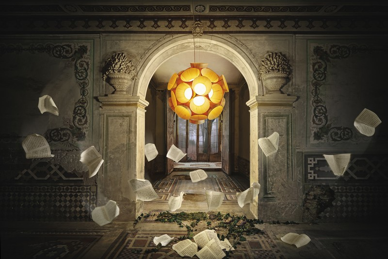 lzf-lamps_dreams_life-size-koi2016-01