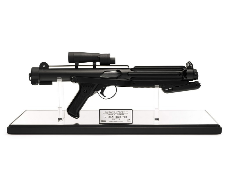 master-replicas-stormtrooper-blaster-2004-The First Auction of Star Wars Collectibles at Sothebys