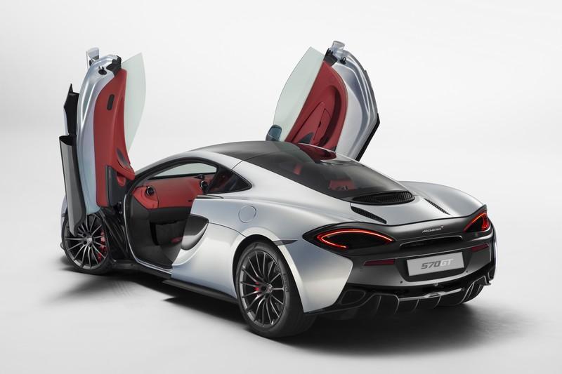 mclaren 570GT-supercar-doors