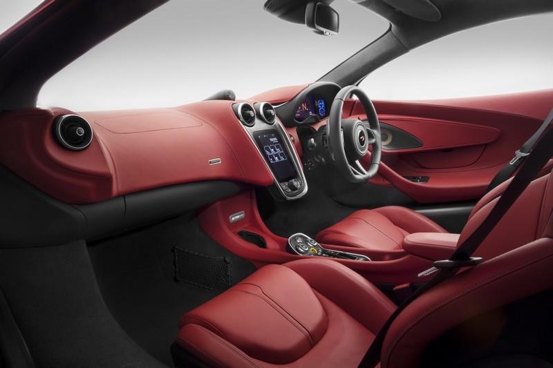 mclaren 570GT-supercar-red-interior-0