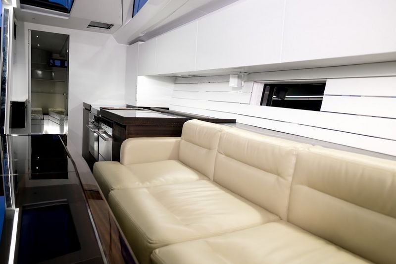 mylius-65-oscar3-interior