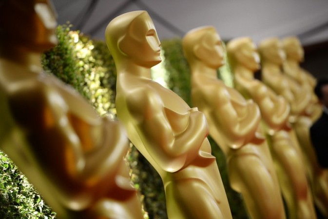 How to crash the Oscars' swag bag and get your goodies into celebs' hands