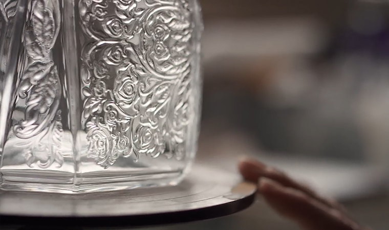 patron en lalique decanter-