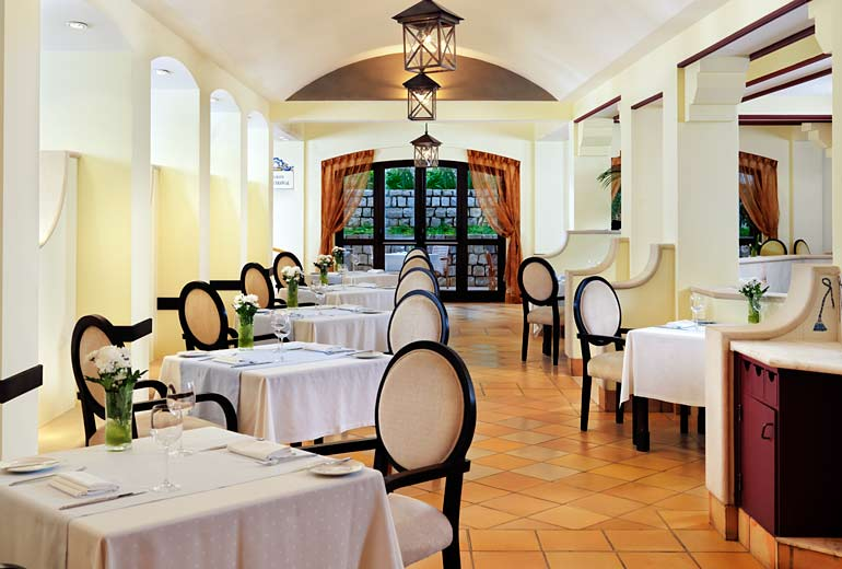 pine cliffs ocean suites - a luxury collection resort algarve - 2luxury2com-Jardim Colonial