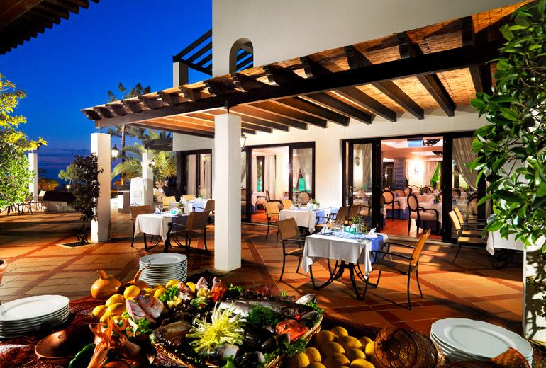 pine cliffs ocean suites - a luxury collection resort algarve - 2luxury2com-O Pescador