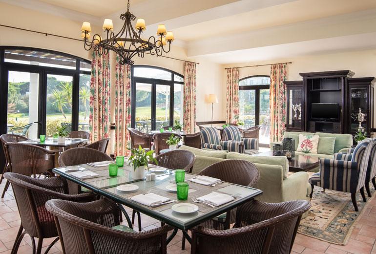 pine cliffs ocean suites - a luxury collection resort algarve - 2luxury2com-Pine Cliffs Club House Restaurant