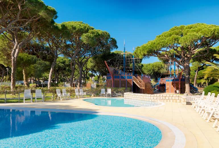 pine cliffs ocean suites - a luxury collection resort algarve - 2luxury2com-Porto Pirata Children's Village