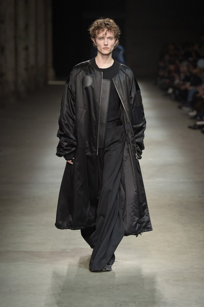 -pitti-uomo-89-juunj_-menswear-guest-designer-2016-4