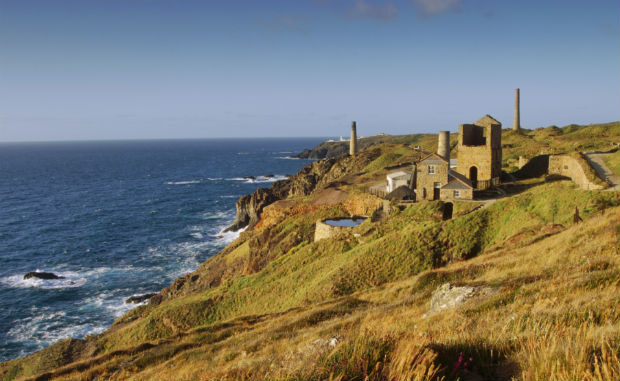 poldark film locations-