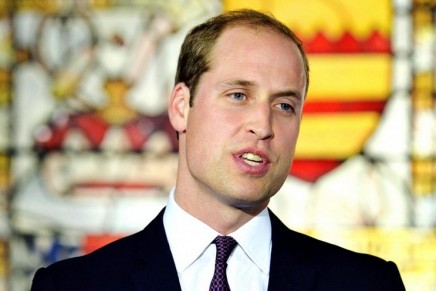 Prince William urges Chinese to stop buying ivory and rhino horn