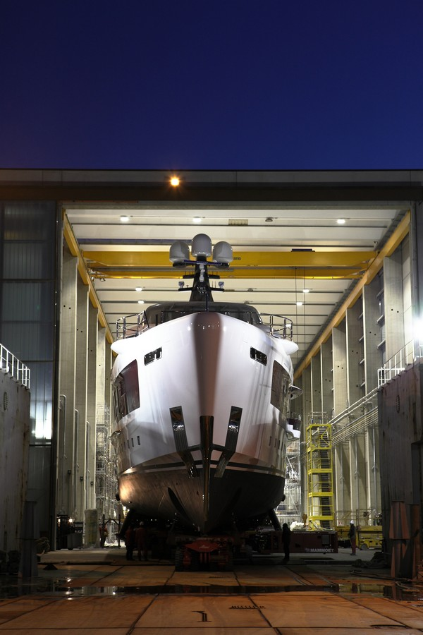 quinta essentia yacht  in the shipyard-2016 launch