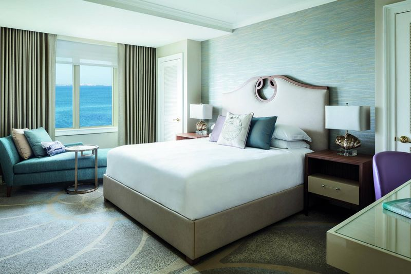 ritz-carlton rooms pallette