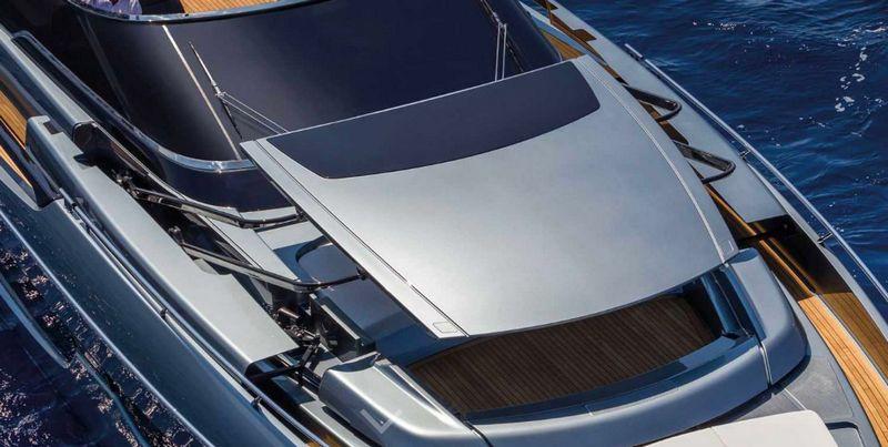 riva-76-bahamas-luxury-boat