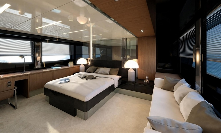 riva 76 coupe--master suite