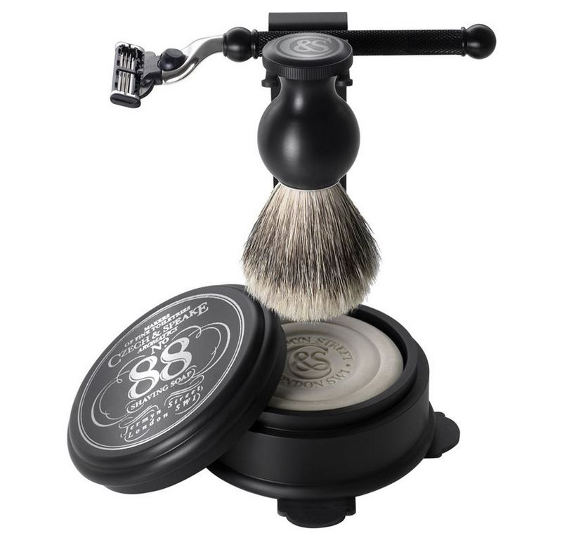 shaving set and stand