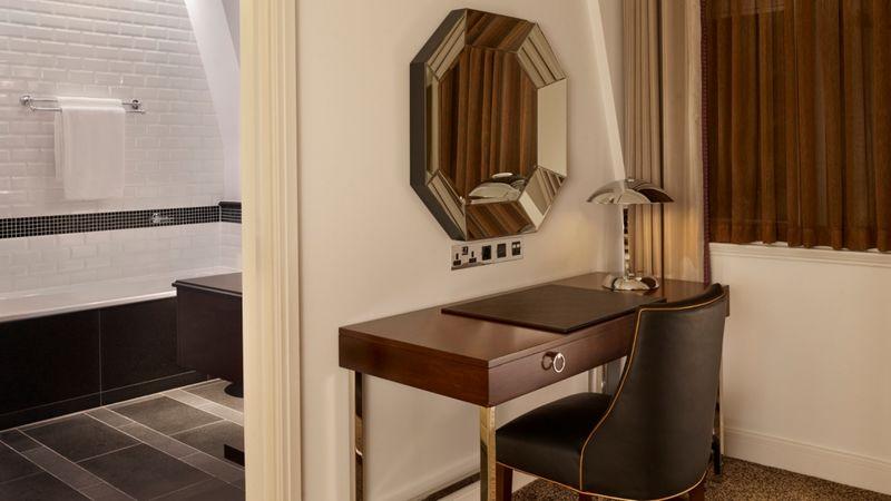 sheraton park lane london-art deco suite details