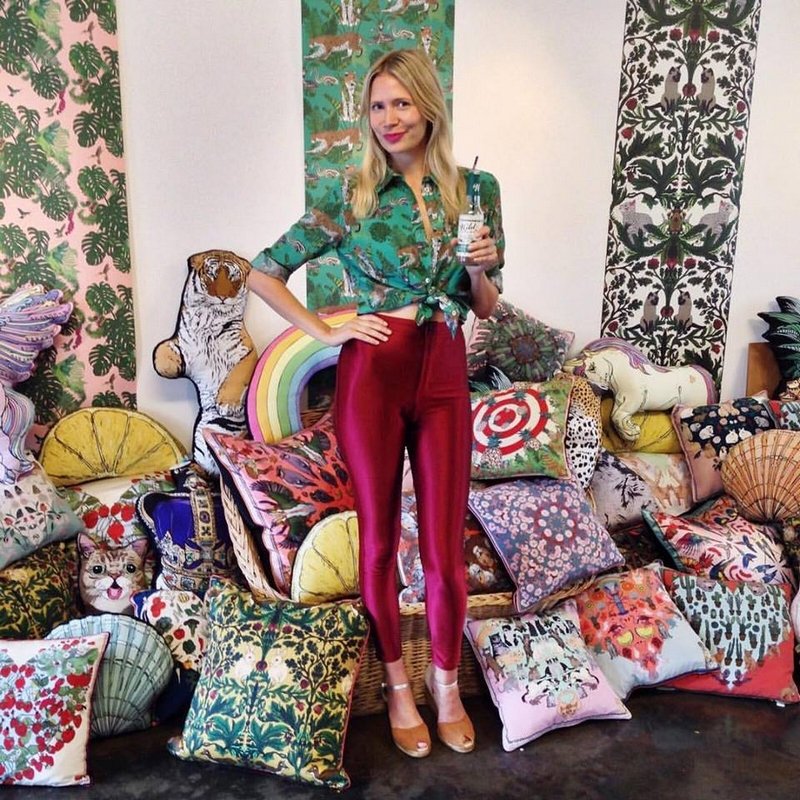 silken-favours-textiles-2016
