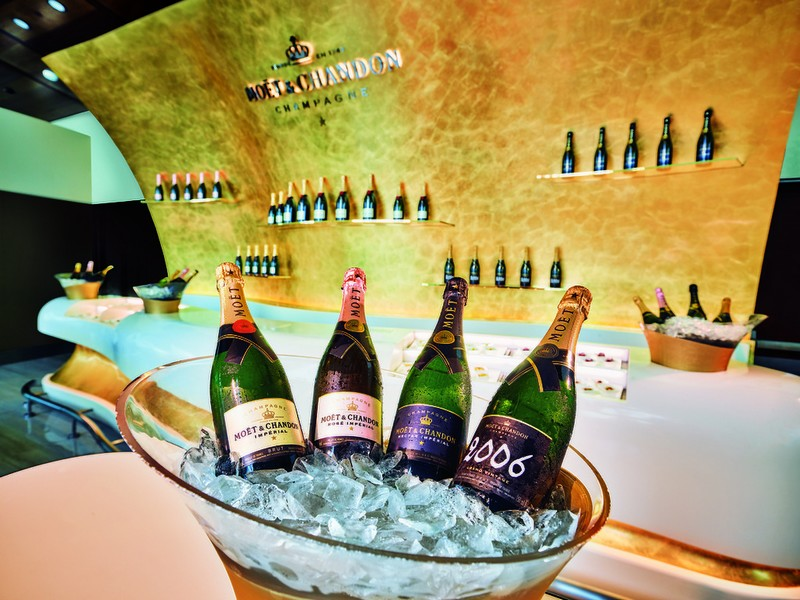 the-moet-chandon-champagne-lounge-created-exclusively-for-emirates