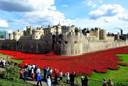 First world war centenary boosts 2014 UK tourism figures