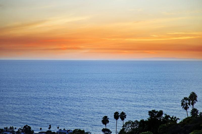 tri-level-hilltop-estate-with-direct-ocean-views-in-laguna-beach-ca