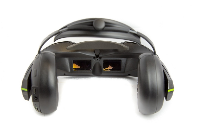 vuzix iwear-video-headphones