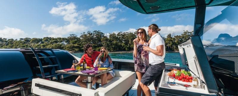 wider 42 yacht-