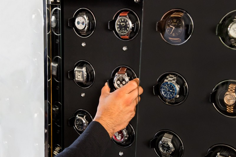 1834 Cabinet Watch Winder Collection-03