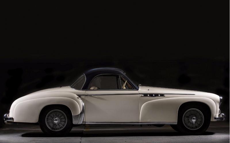 1952 Delahaye 235 coupé Chapron - lateral