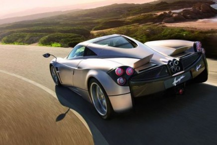 Pagani Huayra – constantly changes its shape depending on speed