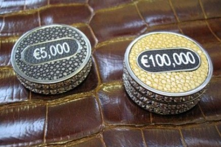 Poker without limits: Geoffrey Parker signed the most expensive poker set