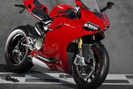Ducati 1199 Panigale is the superbike everyone wants to look at
