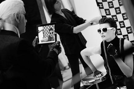 Linda Evanghelista for Chanel's Eyewear