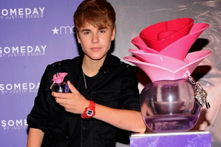 "Justin Bieber named ""Elizabeth Taylor Fragrance Celebrity of the Year"""