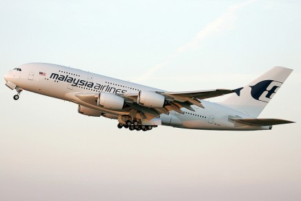 Malaysia Airlines joins superjumbo club