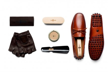 Gentleman's driving accessories: the perfect car shoe kit