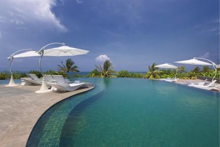 Sheraton Bali Kuta Resort opened in surfer's paradise