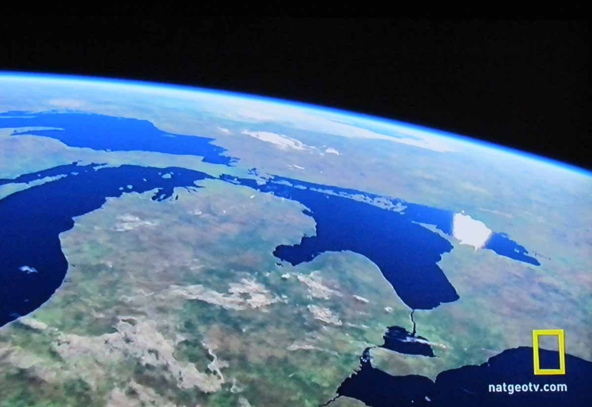 great lakes Great lakes definition, a series of five lakes between the us and canada, comprising lakes erie, huron, michigan, ontario, and superior connected with the atlantic by the st lawrence river.