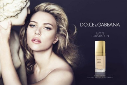 Smooth and perfect like marble: Scarlett Johansson for Dolce&Gabbana