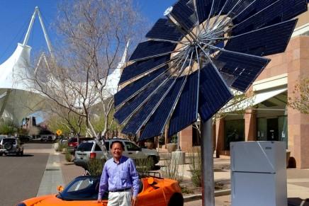 Lotus Mobile – world's first mobile solar 'flower power'.