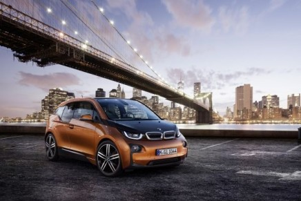 Sustainable mobility: BMW Group's first pure electric series-produced model unveiled simultaneously worldwide