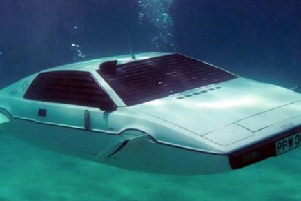 James Bond's Lotus submarine up for auction