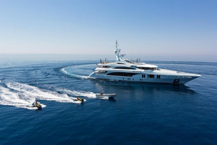 Ocean Paradise – a design boat at the leading edge of technology