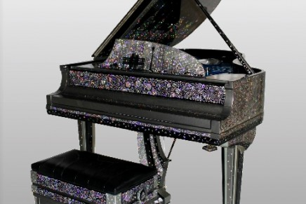 New York Serenade – a million dollar Fabergé inspired piano