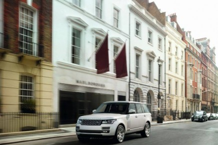 Range Rover Autobiography Black – Most expensive & luxurious Range Rover