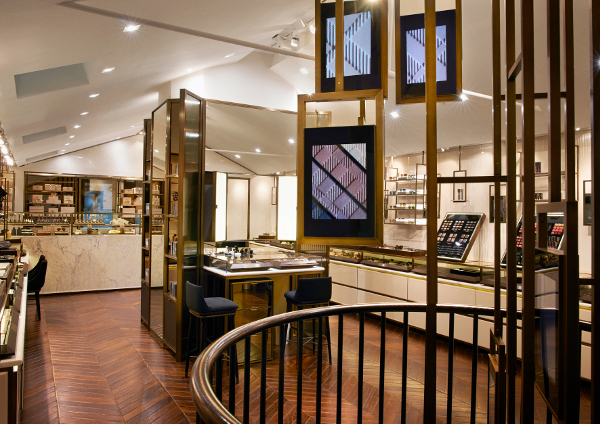 burberry beauty box opens in london its digital all the