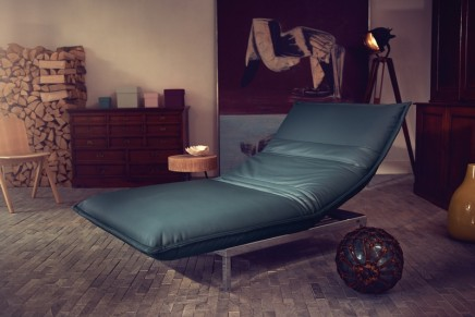 Sit, lounge, chill, lie, sleep: Rolf Benz Nova