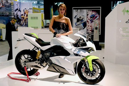 The first Italian electric motorcycle moves towards production