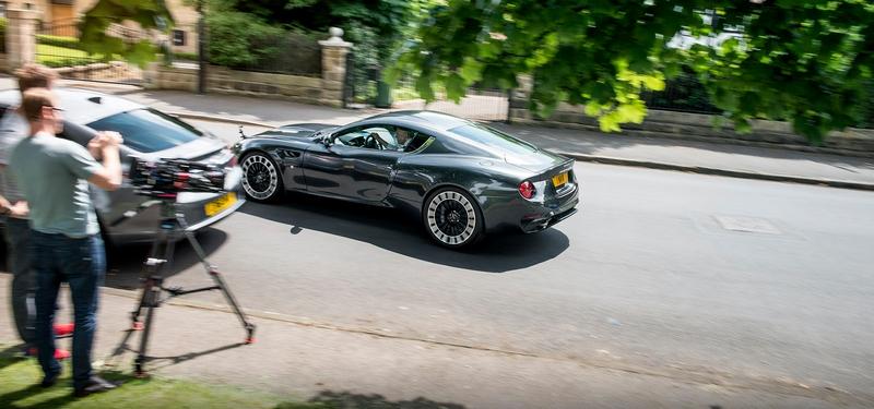 2017 Geneva Motor Show - Kahn Design debuts a new convertible variant, the Aston Martin-inspired Vengeance Volante-