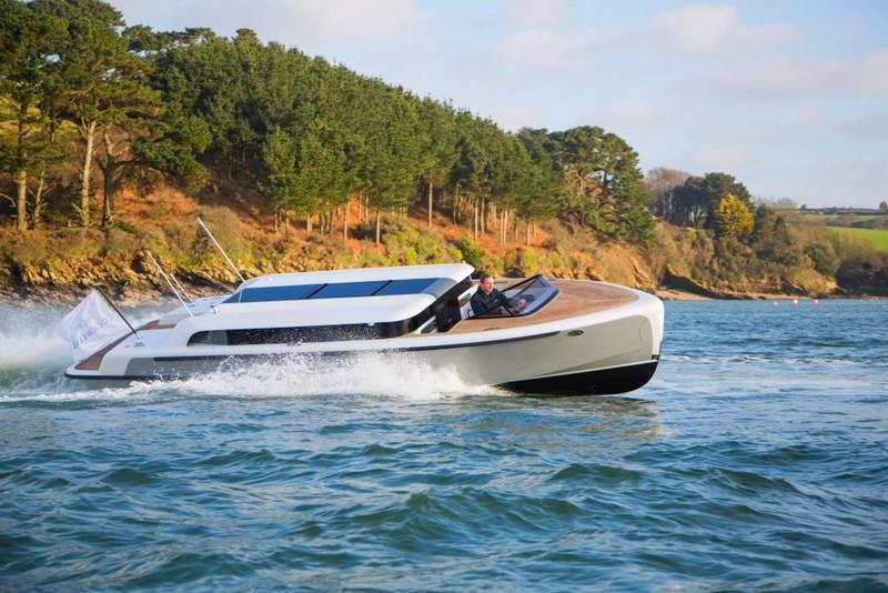 2017 Superyacht Design Awards - 2017 Tender & Support Vessel Design Awards - Limousine